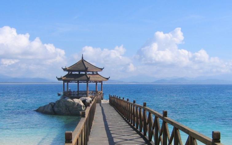海南有什么好玩的地方和旅游景点推荐?