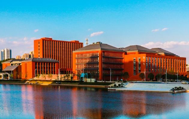 贵州有哪些大学?贵州高考填报志愿时专科大学与本科大学参考。