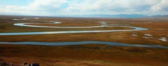 新疆有什么好玩的地方?说一说新疆那些好玩的旅游景点